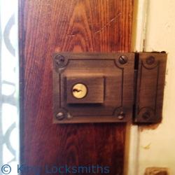 Front Door Lock Rekey Glassmanor MD