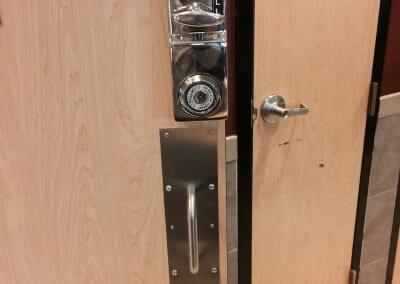 McDonalds Door Hardware Repair and Replace (10)