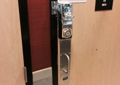 McDonalds Door Hardware Repair and Replace (6)