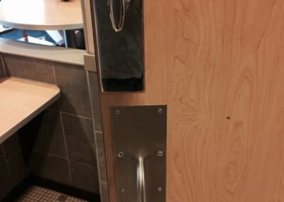 McDonalds Door Hardware Repair and Replace (9)