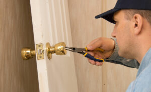 Why-You-Should-Always-Have-a-Local-Locksmith's-Number-On-You-king-locksmith-KLS