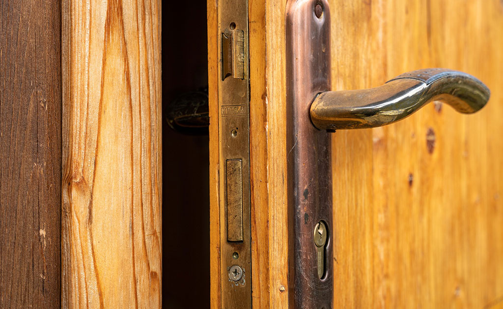 10-Lock-Designs-That-Are-Still-In-Use-Today---DC-local-locksmith